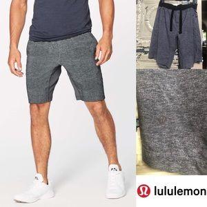 Lululemon Men's Charcoal drawstring short XL